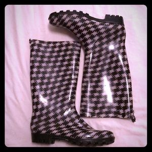 CAPELLI Houndstooth Rubber Rain Boots Galoshes 8